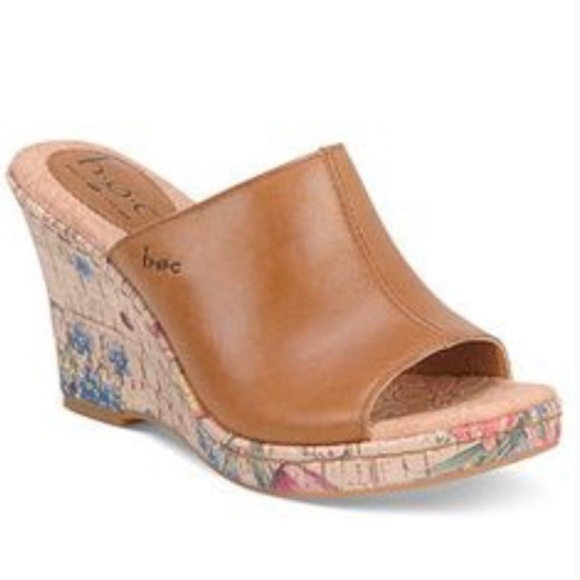 B.O.C Born Wedge Leather Sandals Size 9